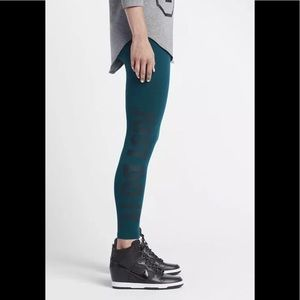 Nike leg-a-see just do it teal green leggings sz.L